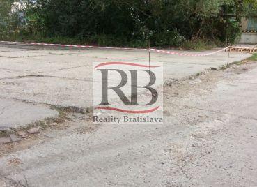 Pozemok - spevnená plocha, Závodná, Bratislava II