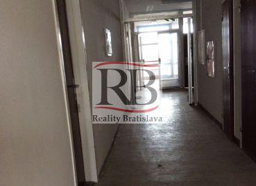 Kancelárie, Závodná, Bratislava II