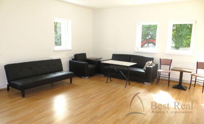 Best Real - priestranný 2-izbový  byt s veľkou terasou na Hradskej ulici vo Vrakuni, novostavba s možnosťou odkúpenia záhrady.