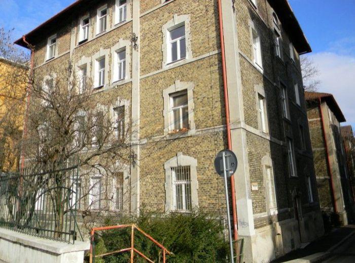 PREDANÉ - PALÁRIKOVA, Staré Mesto, 6-i mezonet, 224 m2, ateliér - kompletná rekonštrukcia, iba 1 067 EUR/m2, KULTÚRNA PAMIATKA