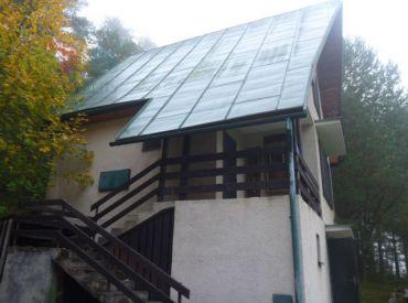 Na predaj murovaná Chata Ďurďové, pozemok 480m2
