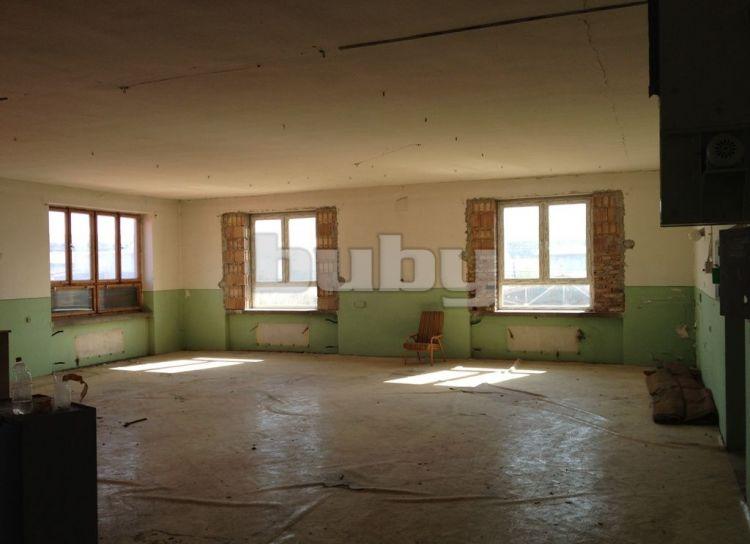 Prenájom skladových priestorov 350 m2 Rajec