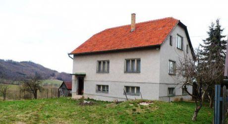 Predaj rodinného domu v obci Stožok, pri Detve