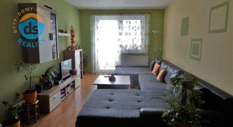 Na predaj byt 3kk + loggia + garáž, 77 m2, Beckov.