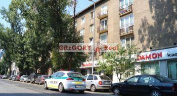 PRENÁJOM: 2 izbový byt s balkónom, Niťova ul, Bratislava II. - MLYNSKÉ NIVY