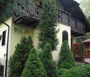 Na predaj exkluzívna chata o výmere 220m2, pozemok 810m2, lokalita Stará Turá.