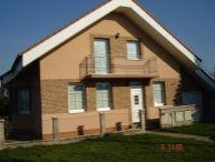 REALFINANC - REZERVOVANÝ !!! - Ponúkame na predaj 5 izbový, 11 ročný rodinný dom s garážou v tichej bočnej ulici a v obci Križovany nad Dudváhom !!!
