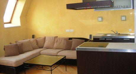 Prenájom 3 izbového bytu na Gorkého ulici v centre