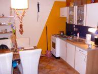 REALFINANC - Pekný 1.-izb. byt s veľkou lodžiou, 36 m2, pivnica, ul. G. Goliana (slušná časť)
