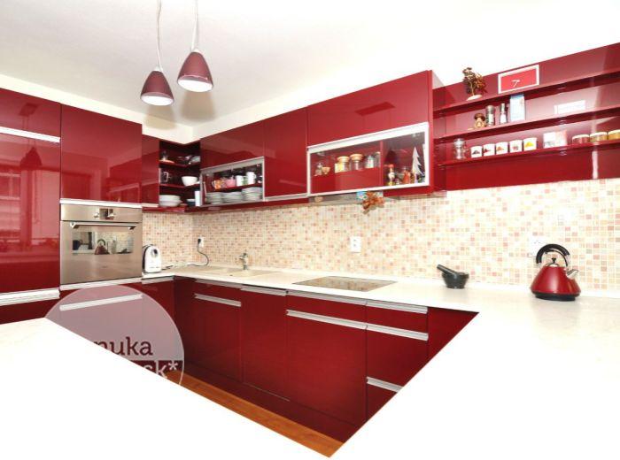PREDANÉ - BESKYDSKÁ, 3-i byt, 78 m2 – novostavba s VLASTNÝM KÚRENIM, klimatizáciou, DVOMI KÚPEĽŇAMI, loggia, výťah