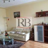 Ponúkame na prenájom vo výbornej lokalite 3 izbový byt na ulici Kutuzovová, Nové mesto, Bratislava.