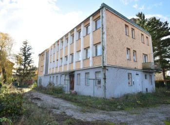 Administratívna budova v Piešťanoch