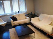 SENEC – NA PREDAJ nadštandardný 3 izbový byt s GARÁŽOU a záhradkou, Žarnovova ul. v Senci