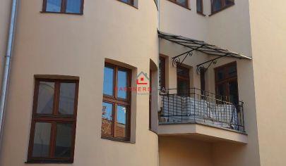 Výhodná investícia,Exkluzívne,predaj, Administratívna budova v historickom centre Košíc, Kováčska ulica.
