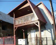 Nový dom + starý gazdovský dom + humno s pozemkom cca 600 m², Trnavá Hora