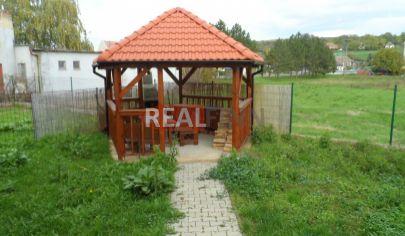 REALFINN - Podhájska /8km/ - Stavebný pozemok na predaj s projektom na stavbu chaty