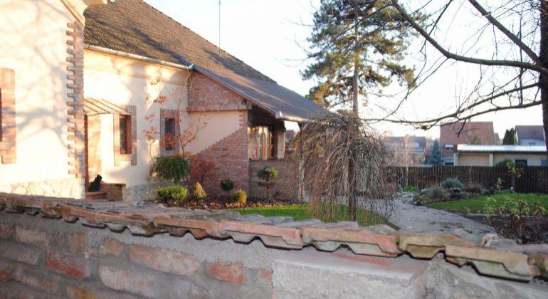 Na predaj nájomný dom v Želiezovciach!