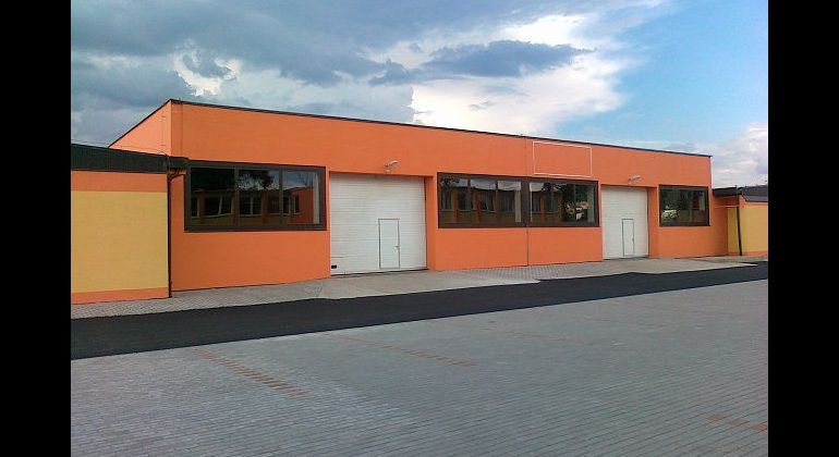Prenájom rekonštruovaných skladových priestorov, 600 m2