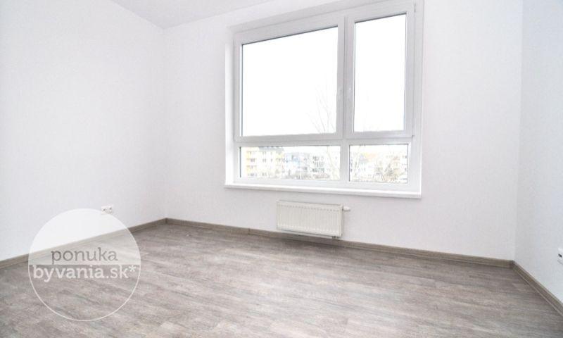 ponukabyvania.sk_Drotárska cesta_4-izbový-byt_archív