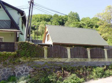 MAXFIN REAL- ponúkame na predaj 2 domy na jednom pozemku Stará Huta