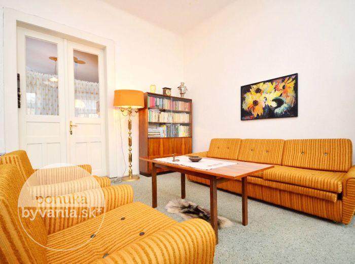 PREDANÉ - SIENKIEWICZOVA, 2-i byt, 85 m2 - nádherný STAROMESTSKÝ BYT, výťah, VYSOKÉ STROPY, pri