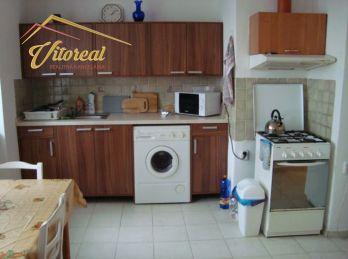 PREDANÉ - Predáme 2 izbový, bezbariérový, tehlový byt