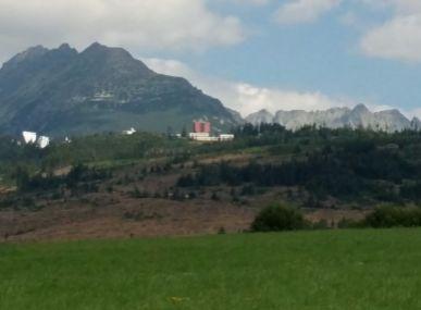 Predáme pozemok  v zastavanej časti  Tatranská Štrba