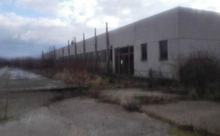 Predám priemyselnú halu v Partizánskom.