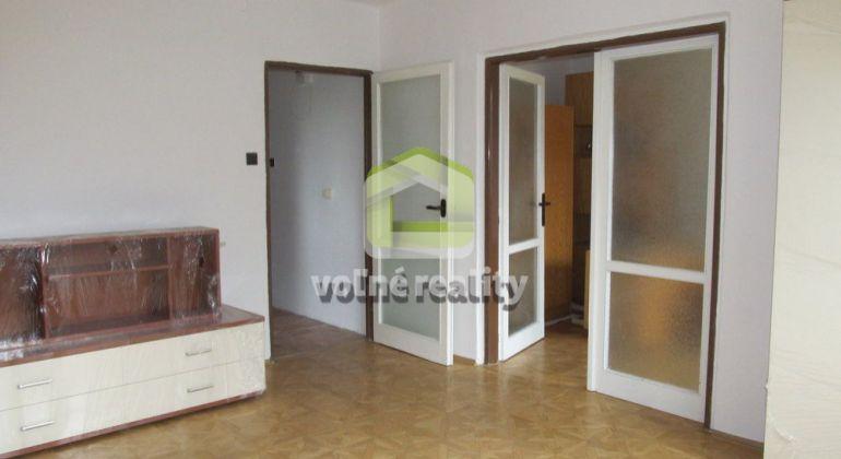 ** PREDANÉ **   3 izbový byt, 53m2, po rekonštrukcii, Trenčín, Sihoť II