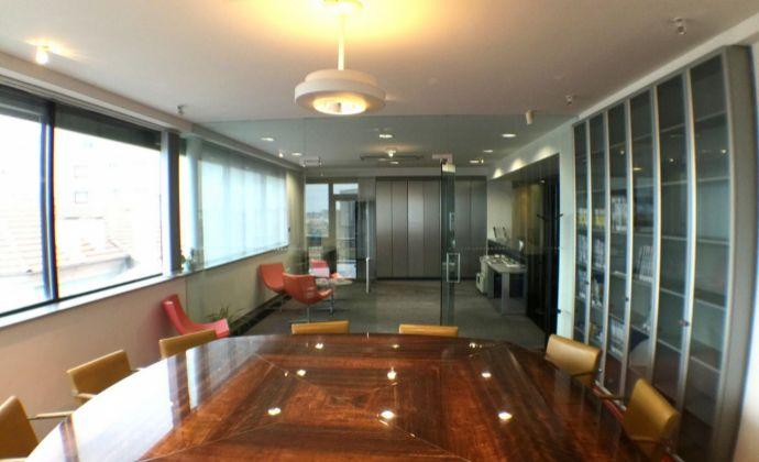BA I, Staré Mesto, centrum prenájom aj  jednotlivo 5 podlaží kancelárskych priestorov 2 299 m2 v AB.