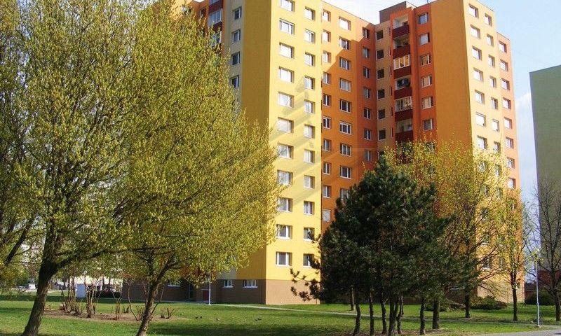ponukabyvania.sk_Holíčska_3-izbový-byt_archív