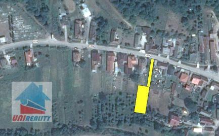 MIEZGOVCE – stavebný pozemok 950 m2 v centre obce / okres Bánovce nad Bebravou/
