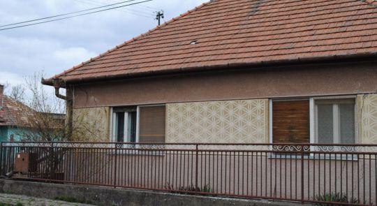 Rodinný dom na predaj v obci Farná