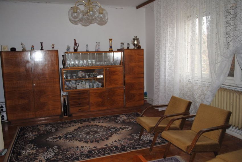 Predaj Rodinné domy Farná-4