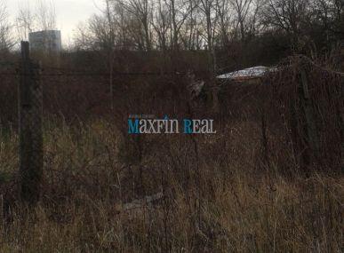 Predám pozemok v priemyselnej zóne Na Pántoch Bratislava-Rača 1785 m2 vhodný na výstavbu skladu alebo Ad.budovy.