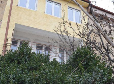 Trojpodlažný rodinný dom v  rekonštrukcii  v úplnom centre mesta - Piešťany