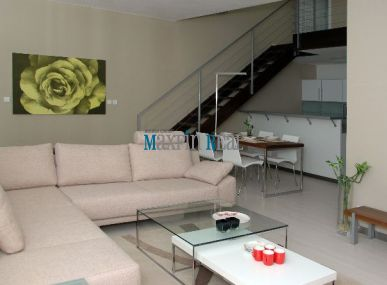 Prenájom 3 izb mezonet bytu komplet zariadený 110 m2 Zadunajská ul.oproti Auparku-Petržalka.