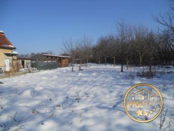 Predaj staveb. pozemku 1718m2 v obci Dolné Motešice pri Trenč.Tepliciach.