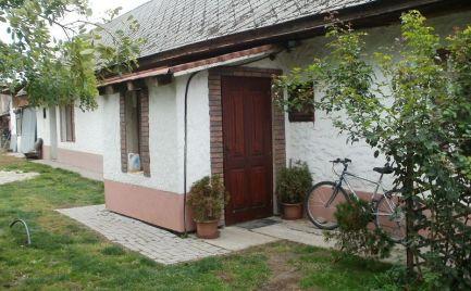 Vidiecky dom na predaj v obci Holice, časť Malá Budafa
