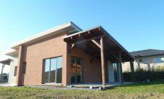 4i bungalov v obci Chrastné