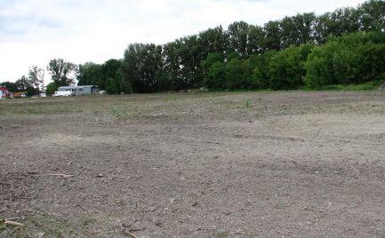 Pozemok na predaj v obci Horná Potôň – ponuka pre investora