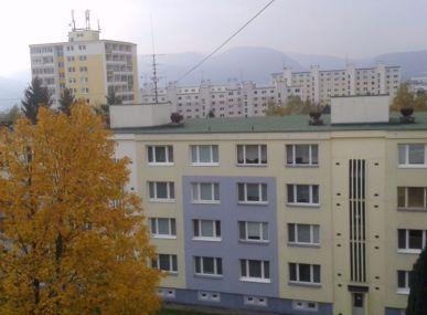 MAXFIN REAL - hľadáme pre klienta 3 izbový byt vo Zvolene.