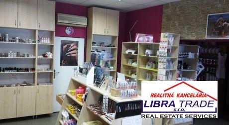 Predaj - Obchodný/Kancelársky priestor v centre v Komárne