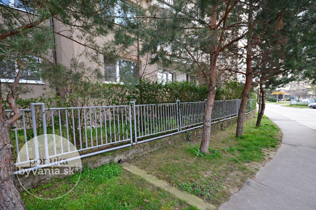 ponukabyvania.sk_Kysucká_1-izbový-byt_KOVÁČ
