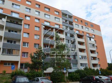 PREDAJ: 4 izb. byt s výbornou dispozíciou, BA IV-Karlova Ves Dlhé Diely, ulica Nad Lúčkami.