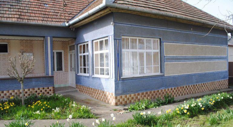 Predaj Rodinné domy Turá