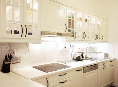 PREDAJ: 2 izbový, luxusne zrekonštruovaný byt Medená ulica BA I