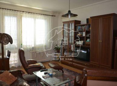 PREDAJ: 1,5 izb. byt, Súmračná ulica Bratislava Ružinov