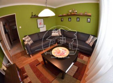 PREDAJ: 3 izbový byt v Stupave, Ružová ulica