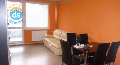 Na predaj 1 izbový byt s lodžiou,  30 m2, Trenčín, ul. Západná
